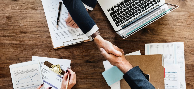 businessman-collaborate-collaboration-872957 (1)